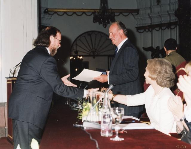 2002.1