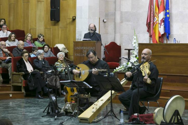 10/12/2014. Valladolid. Alto de Navidad, Universidad de Valladolid.
