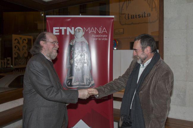 Joaquín Díaz y el director del Museo Etnográfico (Zamora)